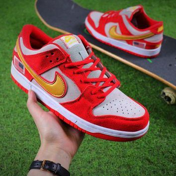 CREYNW6 Nike SB Dunk Red White Shoes