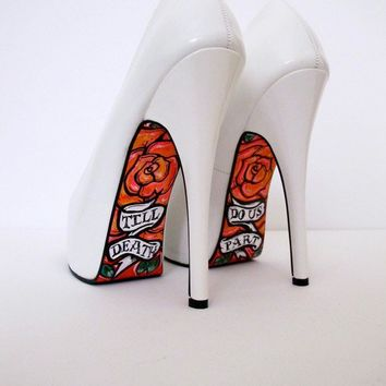 Hand painted white pumps