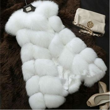 Spring Faux Fur Coat Women Plush Sleeveless Jacket White Pink Red Faux Fur Vest Coats Furry Fur Gilet Artificial Fur Waistcoat