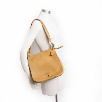 DCK7YE Vintage COACH Purse - 80s Beige / Tan Leather Coach Adjustable Cross Body Satchel Bag