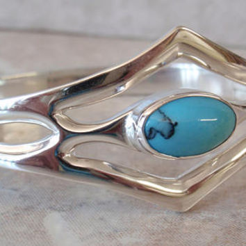 Turquoise Bracelet Sterling Silver Hinged Mexico Heavy Vintage BC0014