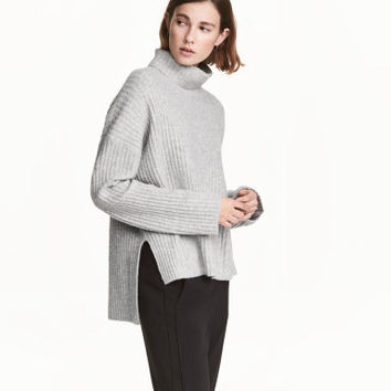 H&M Wide-cut Turtleneck Sweater $49.99
