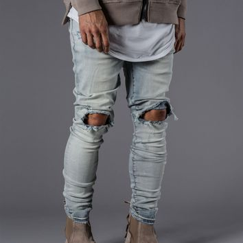 KOLLAR CLOTHING DESTROYED KNEE DENIM - BLEACH