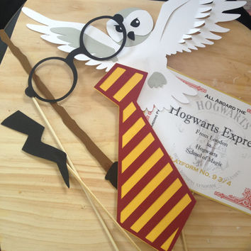Harry Potter Photo Booth Props / Wedding photo booth props / Birthday photo booth props / Photobooth props/ Photobooth Party