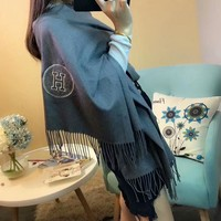 Best Online Sale Luxury Hermes Keep Warm Scarf Embroidery Scarves Milk-like Feel Fluffy Texture Shawl - Grey