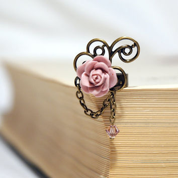 Dusty Rose Cabochon Ring by Myvera on Etsy