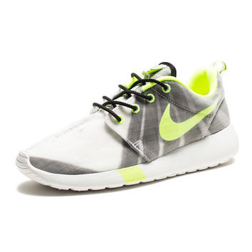 WOMENS NIKE ROSHERUN FV QS - BLACK/VOLT/WHITE | Undefeated
