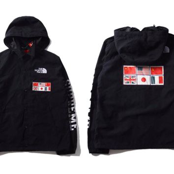 cc auguau Black North Face x Supreme Windbreaker
