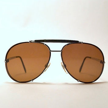 52de2f10973b4 Vintage 80s Classic Aviator Sunglasses-Dark Brown Lenses.