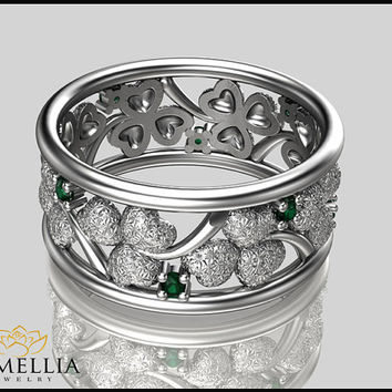 14K Solid White Gold Ring, Emerald Ring,Wedding Eternity Ring,Leaf  Ring,Gemstone Eternity,Birdal Jewelry, Clover Ring,Nature inspired Ring.