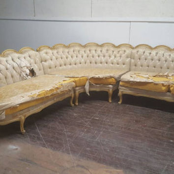 Victorian Vintage Large Sofa - Antique French Provincial Couch Hollywood Regency Tufted Velvet Couch