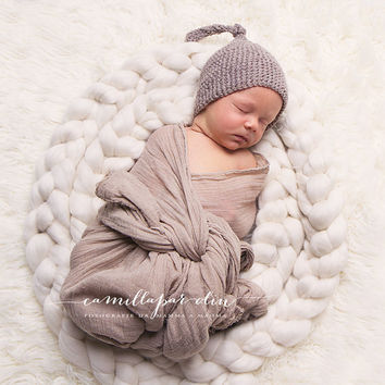 Extra-Long Merino Wool Braids for Photo Props, Newborn Photography, or Spinning: Gray-Black-White