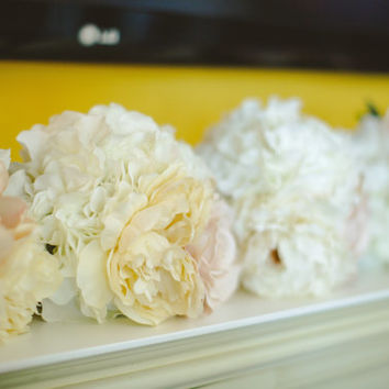 Wedding Bouquet - Silk - Bride's bouquet or Bridal party - WHITE, IVORY & BLUSH  - Hydrangea - Peony - Ranunculus -