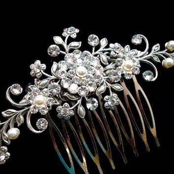 Wedding hair comb, bridal hair comb, Flower hair comb, vintage style hair accessory, rhinestone head piece