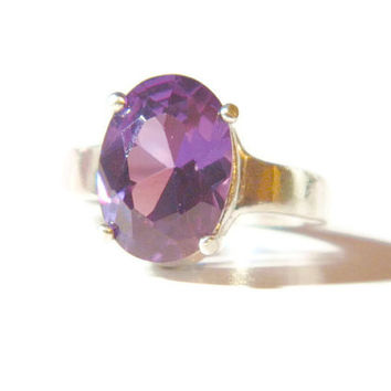 8.9 Carat Alexandrite Ring, Sterling Silver Setting, Oval Lab Created Stone