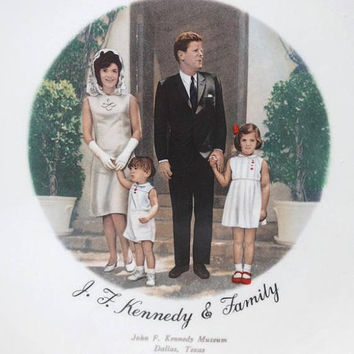 1960s Vintage President John F. Kennedy Decorative Plate, Gold Trim, 9.25 In., John F. Kennedy Museum, Dallas, Texas, Vintage President