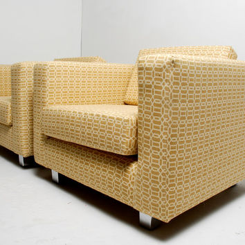 Pair Of Large Scale Cube Club Chairs By Milo Baughman For Thayer Coggin