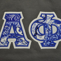 Alpha Phi Greek Stitched Lettered Gildan Crewneck Sweatshirt Size Large
