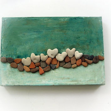 Unique Wall Art Pebble Art Beach House Wall Decoration Stones Art Heart Beach Rocks 3D wall decor gift with actual heart shaped beach stones