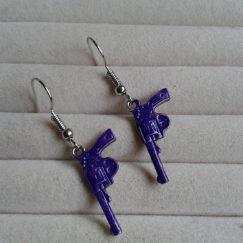 Purple gun  silvertone dangle earrings