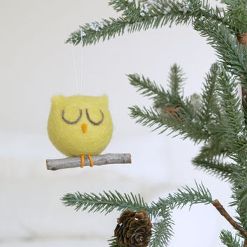 Needle Felted Ornament, Owl Christmas Ornament, Yellow Owl Ornament, Felt, Natural, Eco Friendly, Cute, Sugar Plum, Cute Woodland Rustic