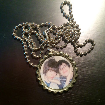 Panic! at the Disco young Bendon Urie and Ryan Ross faces bottlecap necklace
