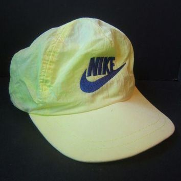 DCCKRQ5 Vintage Green Nike Hat Faded Loud Bright Retro Snapback Baseball Cap