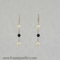 White pearl + black onyx earrings, gemstone, freshwater pearls, modern, feminine, wedding jewelry, elegant, gift for her, unique, handmade