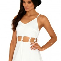 Missguided - Abbigail Cut Out Daisy Chain Playsuit In Cream