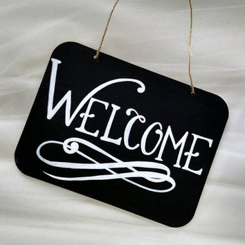 Hand painted wedding sign, 'Welcome' chalkboard style sign, wedding décor, rustic wedding sign, garden wedding sign, outdoor wedding.