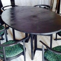 Modern Kitchen / Dining Table - 6 Chairs w/leaf