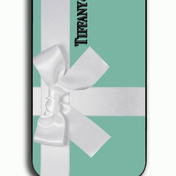 iPhone 4S Case - Hard (PC) Cover with Tiffany and Co Gift Packing Plastic Case Design