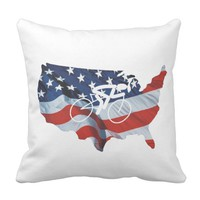 TOP Cycling in the USA Throw Pillow
