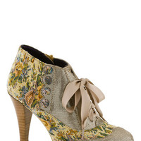 Mix and Match Heel in Taupe