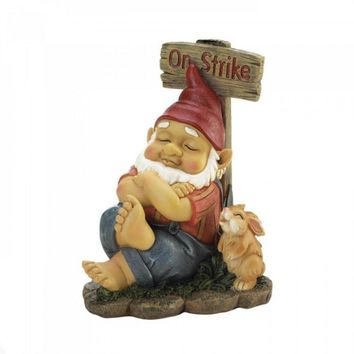 Garden Gnome On Strike