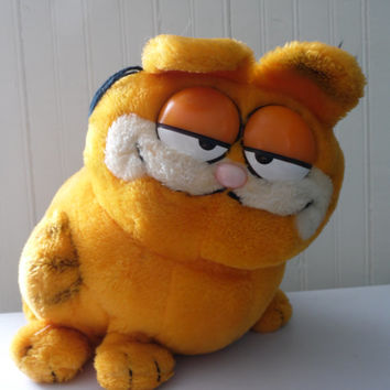 FREE SHIPPING - Garfield/Vintage Garfield/1980's Toys/Cartoon Character/Stuffed Animal/Vintage Stuffed Animal/Cat