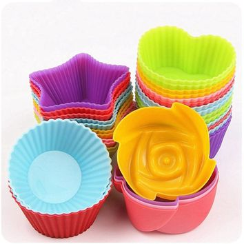 12Pcs 7cm Puff Mold Baking Mould DIY Chocolate Cake Egg Tart Mould Muffin Cups Jelly Pudding Mold Random Color