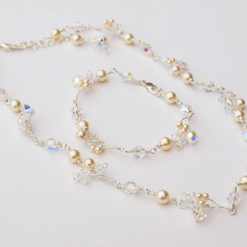 Flower Wedding Necklace Bracelet Set, Bridal Jewelry with Pearls and Swarovski Crystals Bridesmaid or Maid of Honor Gift