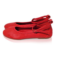 ELF. Red leather shoes / red flats / womens shoes / leather ballet flats / red shoes. Sizes 35-43. Available in different leather colors.