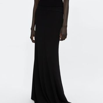 MINIMAL COLLECTION LONG SKIRT DETAILS