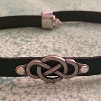 Infinity Knot Day Collar / Choker I