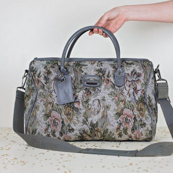 vintage floral weekender bag / large from MoonRevival on Etsy