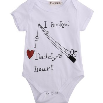 New Infant Baby Boy Clothes Girl Babygrows Playsuit Romper I Hooked Daddys Heart newborn baby clothes unisex baby rompers 2016