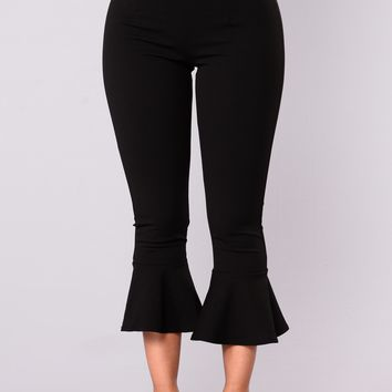 Raquel Ruffle Pants - Black