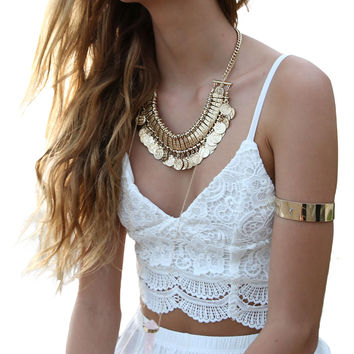 2017 New Women Sexy Halter Cropped Top Lace Floral Crochet V Neck Summer Camisole Tanks Wavy Hem Back Hook Bustier Strappy Bra