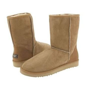 Chestnut Ugg Classic Men's Short Boots Outlet UK