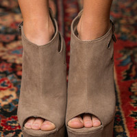 Sky High Heels, Taupe
