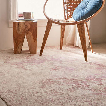 Louisa Worn Tufted Rug - Urban Outfitters