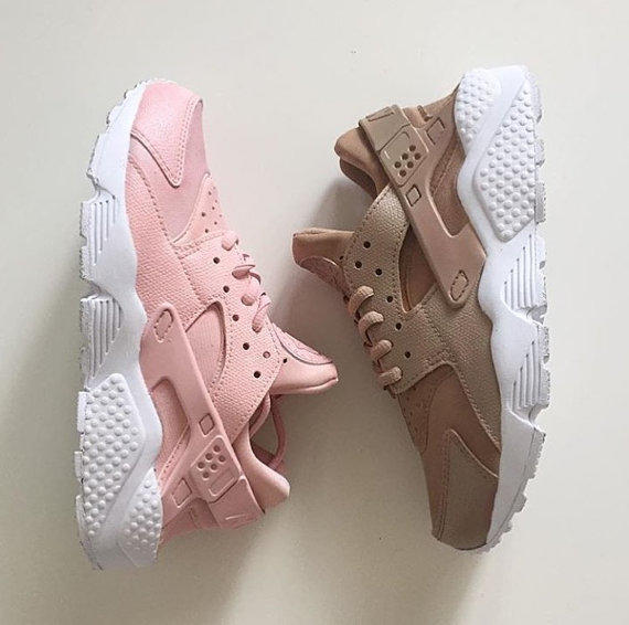 cheap for discount ed645 612d9 Pink/Beige Huaraches(Women)