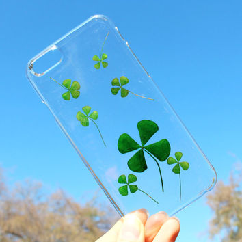 Hand Selected Natural Dried Pressed Clover Handmade on iPhone 5 / 5s / 6 / 6 Plus Crystal Clear Case: Saint Patrick's Day Theme face plate